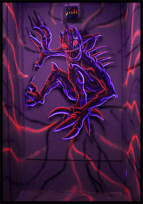 Blacklight Alien